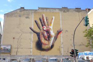 Unter Der Hand Street Art By Case In Berlin Germany